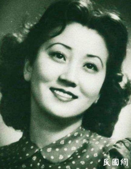 日本女护士嫁给中国将军64年,女儿如今人人皆知