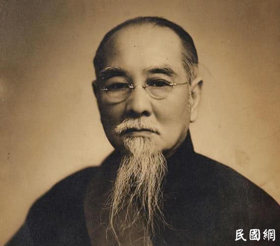他当了12年主席,比蒋介石任期还长,名字鲜为人知
