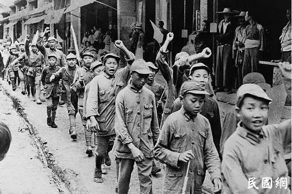 林彪早年的文章曝光,难怪会打仗…