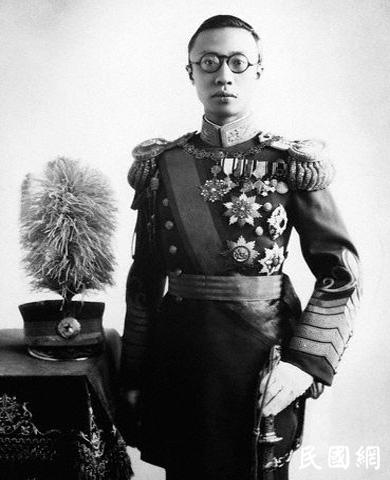 两次登上美国《时代》周刊封面的中国皇帝