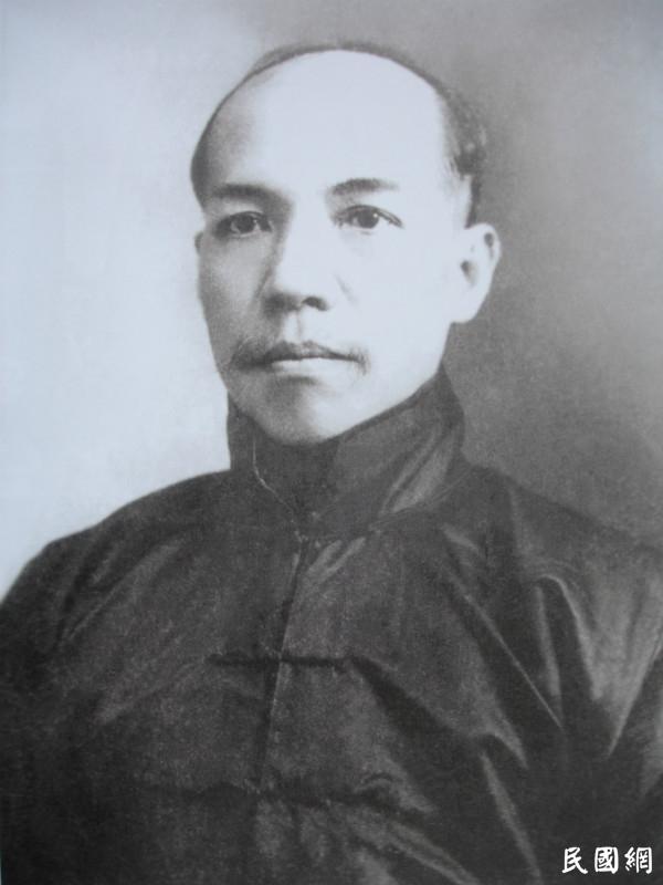 """李新宇:回归常识,解密""""五四运动""""真相"""