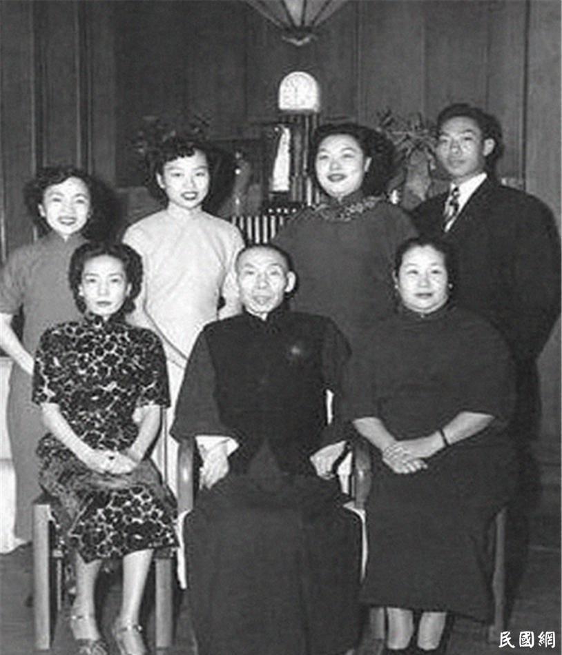 """名人档案——""""上海皇帝""""杜月笙"""