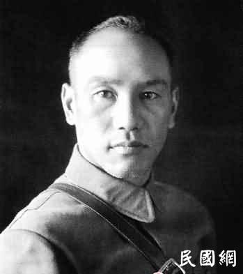 抗战期间压力巨大,蒋介石曾两度想自杀