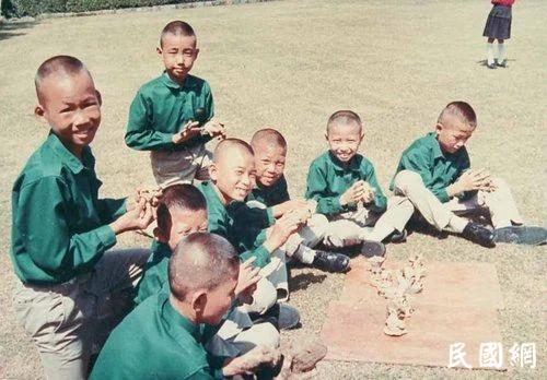 华兴中学和那些被蒋夫人养大的孩子们....